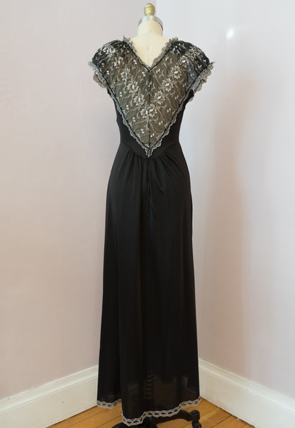 Late 40's or Early 50's Black Heart Nightgown