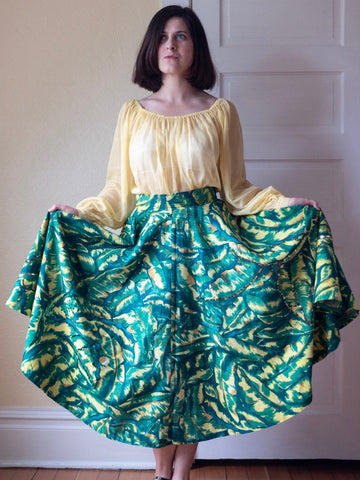 Vintage 1950's Vibrant Tropical Leaf Print Skirt