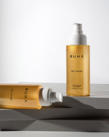 A cleanser formulated with potent extracts and antioxidants