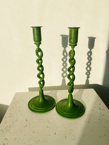 Set of 2 metal green candlesticks