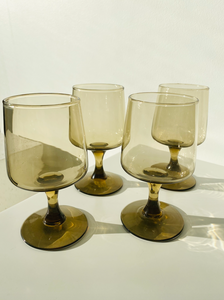 Set of 4 smokey glasses