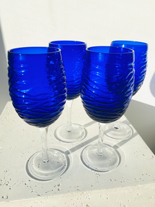 Set of 4 blue wine glasses with clear stem