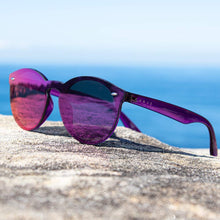 Load image into Gallery viewer, CLEO Non-Polarized iridium Sunglasses by Carve