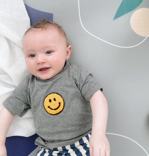 Grey Smiling Face Tee - Play Cotton