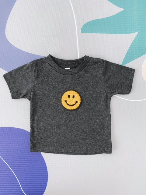 Dark Heather Grey smiling Tee - Play Cotton