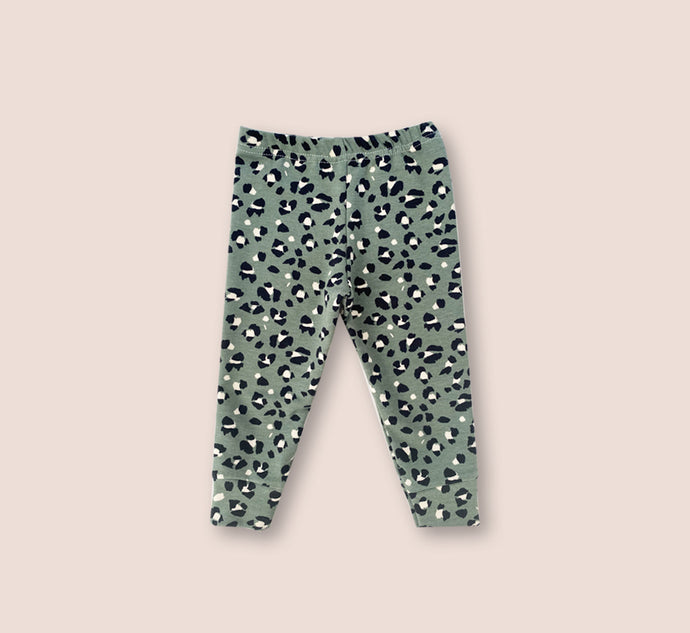 Thick Cosy Leopard Print Green Leggings - Play Cotton