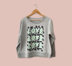 """LOVE LOVE LOVE"" Sweater - Play Cotton"