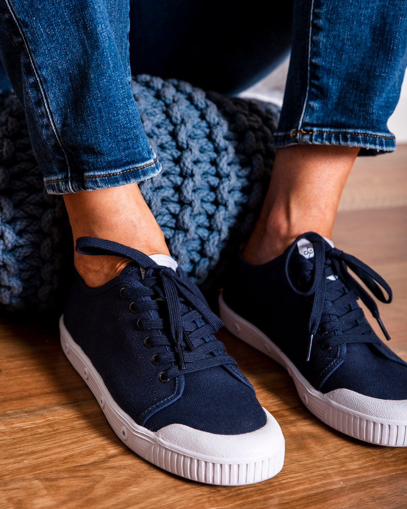 Canvas GS2 Navy Sneaker