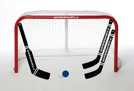 Hockey Canada Mini Net With Sticks