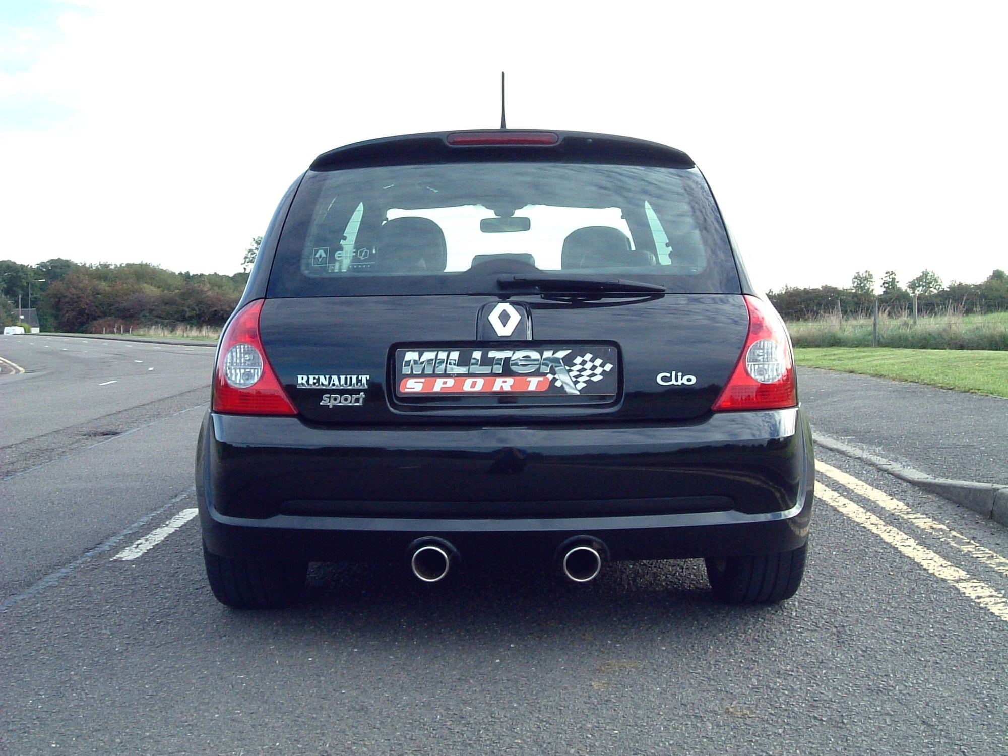 Milltek Exhaust Renault Clio 182 2.0 16v Full System (including Hi-Flow Sports Cat) with Dual 90mm Jet tailpipe (SSXRN203)
