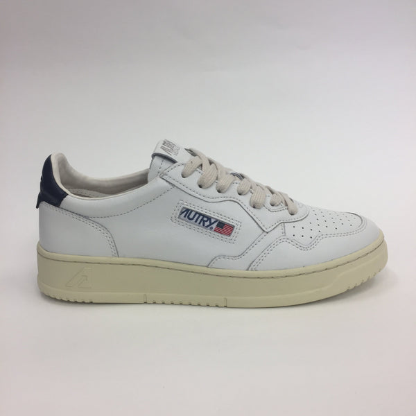 AUTRY MEDALIST 01 LOW ALL LEATHER - WHITE / NAVY
