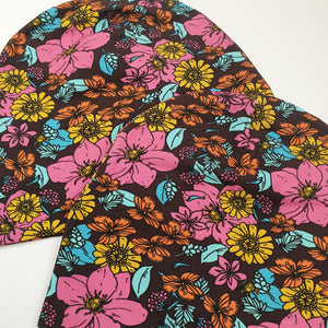Retro Flowers Brown