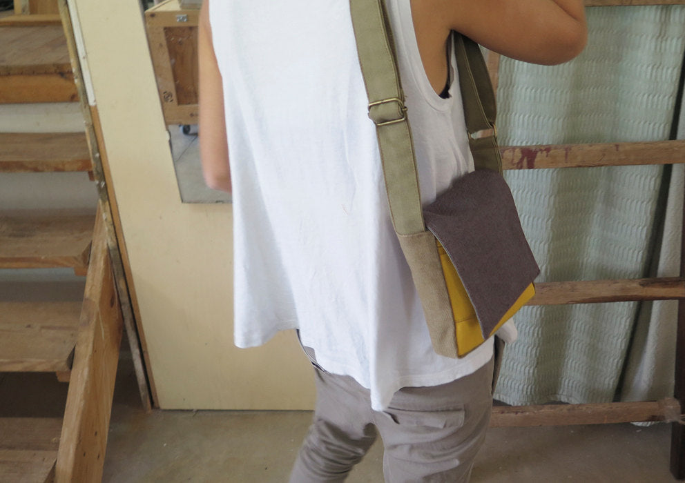 Men's Vegan Shoulder Bag