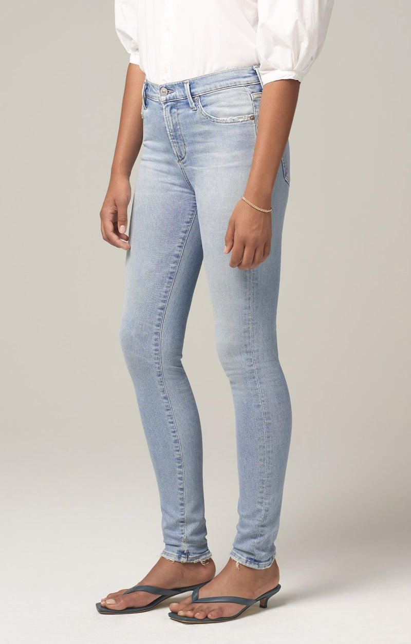 rocket mid rise skinny fit soft fade back
