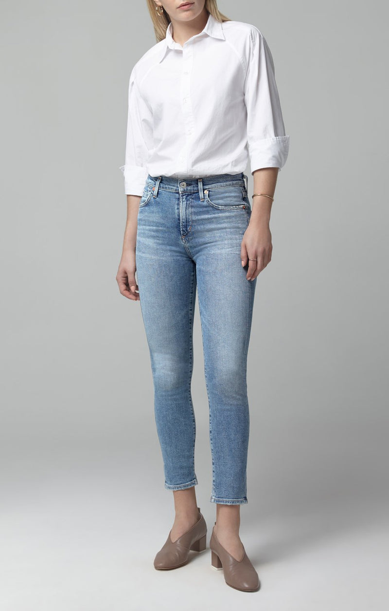 Rocket Crop Mid Rise Skinny Fit in Serenity