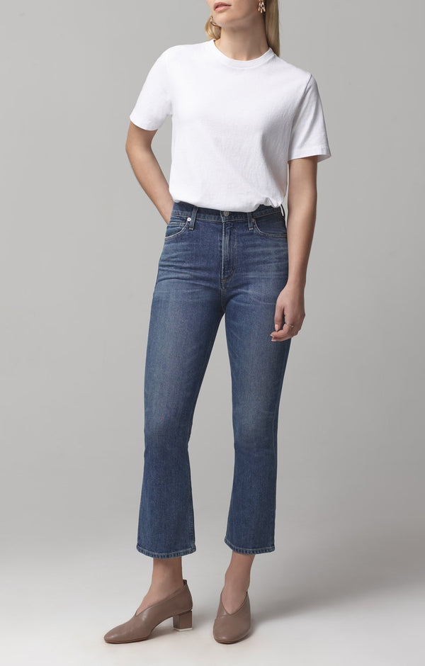 Demy Cropped Flare Denim in Solo