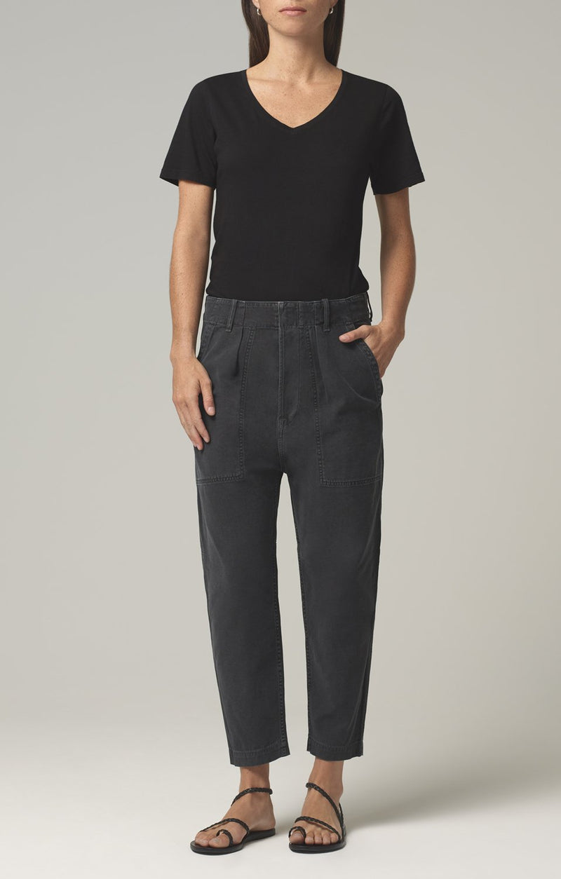 harrison tapered pant washed black front