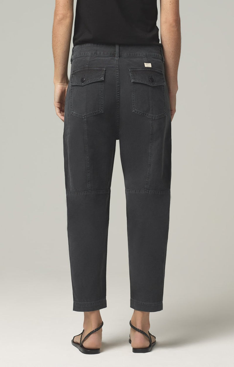 harrison tapered pant washed black back