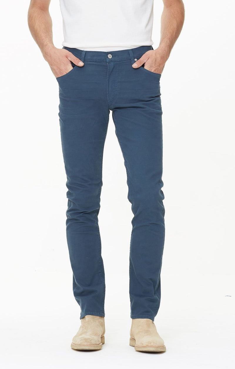 bowery standard slim fit deep dive side