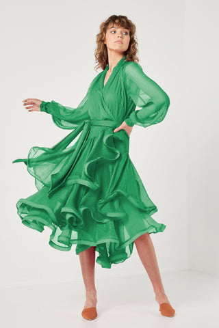 Buy Elliatt Cuba Dress in Emerald online now at Smoke and Mirrors Boutique. Shop Elliatt Collective Cuba Dress with ZipPay and AfterPay. Elliatt Collective stockists Australia and online.