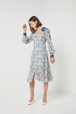 Buy Elliatt Alessandra Dress now at Smoke and Mirrors Boutique. Elliatt Alessandra Dress Free Shipping on all orders over $100. Elliatt Alessandra Dress ZipPay. Elliatt Alessandra Dress AfterPay.