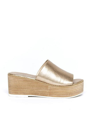 Buy Hael and Jax Hutton Flatform in Metallic Pearl online now at Smoke and Mirrors Boutique. Shop Hael and Jax Shoes with ZipPay and AfterPay. Hael and Jax Stockists Online, Brisbane, and Toowoomba.