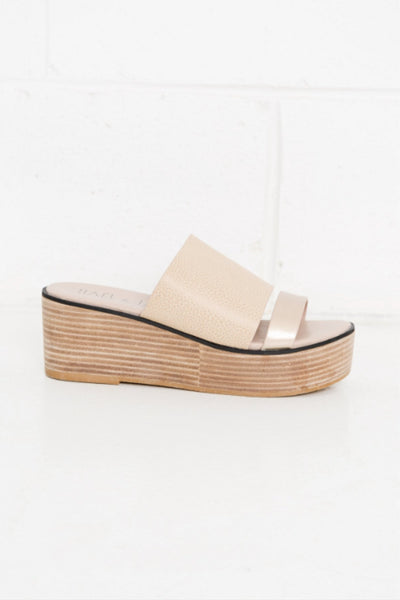 Buy Hael and Jax Taylor Leather Flatform Sandal in Sand Metallic now at Smoke and Mirrors Boutique. Buy Hael and Jax with ZipPay. Buy Hael and Jax with AfterPay. Free Shipping.
