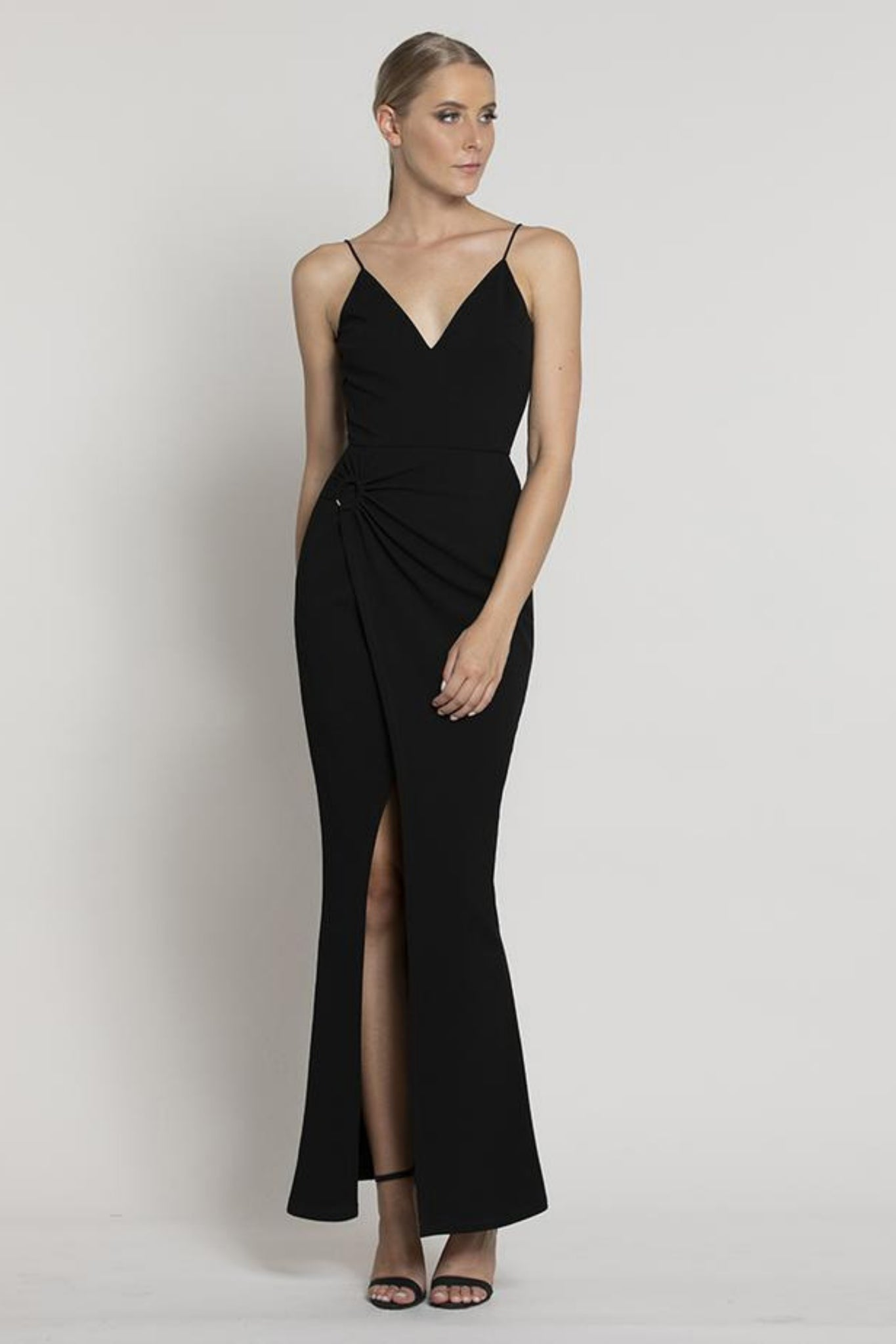 Buy Lumier Batida Split Maxi in Black now at Smoke and Mirrors Boutique. Buy Lumier Batida Split Maxi with ZipPay now. Buy Lumier Batida Split Maxi with AfterPay now. Buy Lumier with Free Shipping Australia wide on all orders over $100.