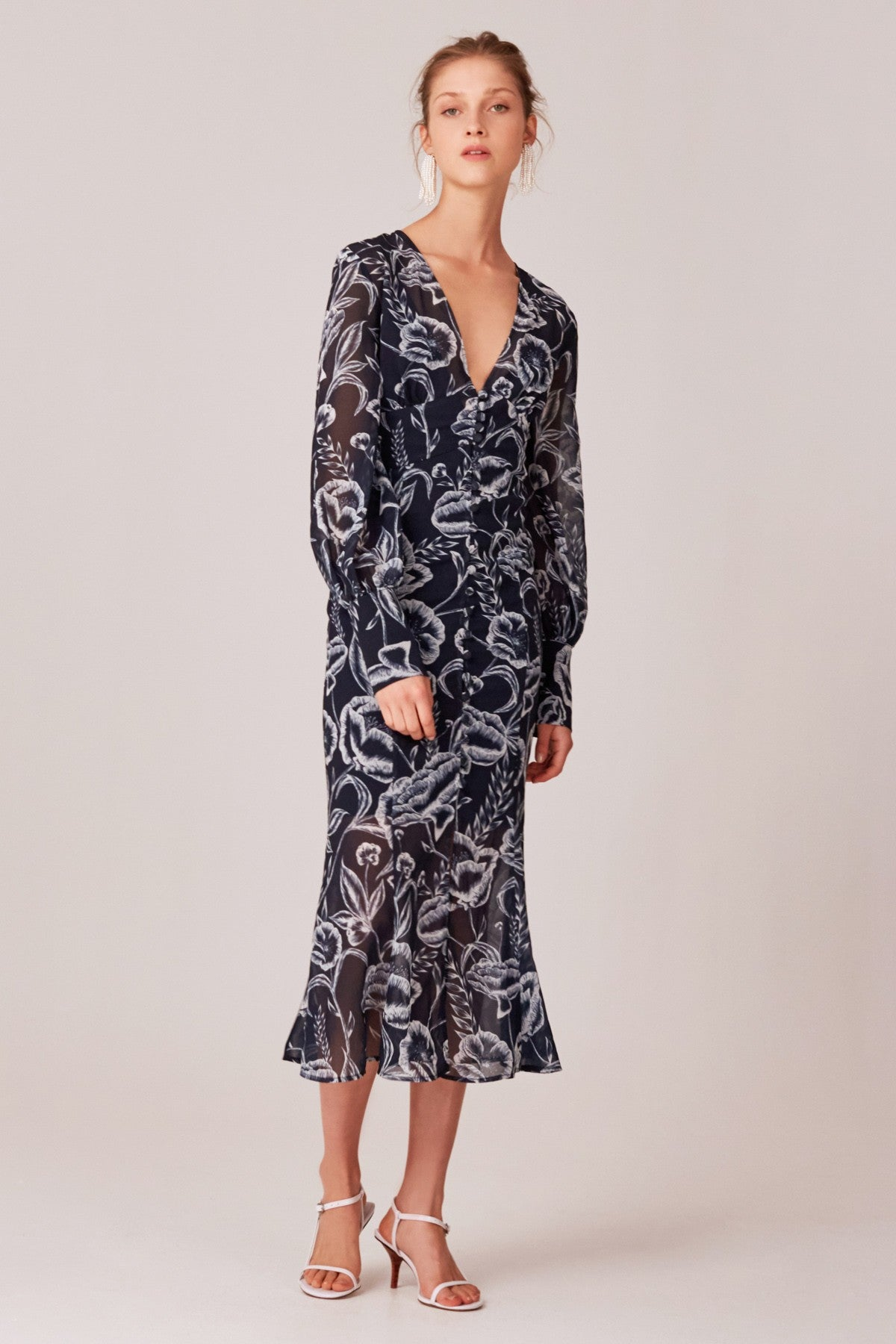 Buy C/MEO COLLECTIVE Discretion Midi Dress now at Smoke and Mirrors Boutique. Shop C/MEO COLLECTIVE Free Shipping Australia. Buy C/MEO COLLECTIVE ZipPay. Buy C/MEO COLLECTIVE AfterPay.