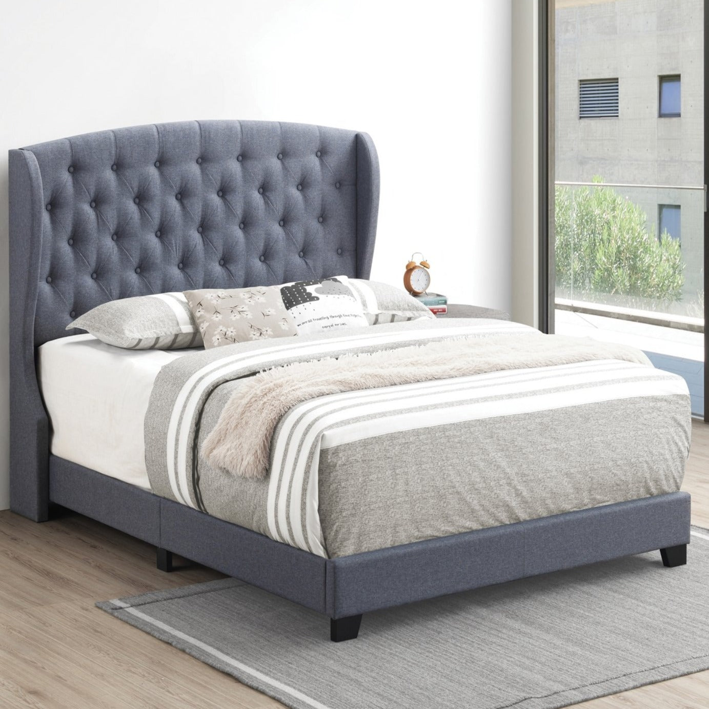 Krome Wing Bed
