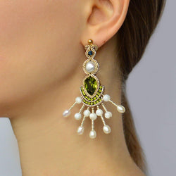 Chandelier earrings with pearls and Swarovski - Allccess