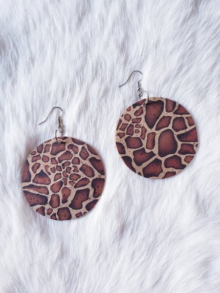 Round Giraffe Cork Earrings - Sm