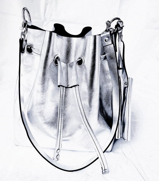 The Bucket bag - Metallic Silver