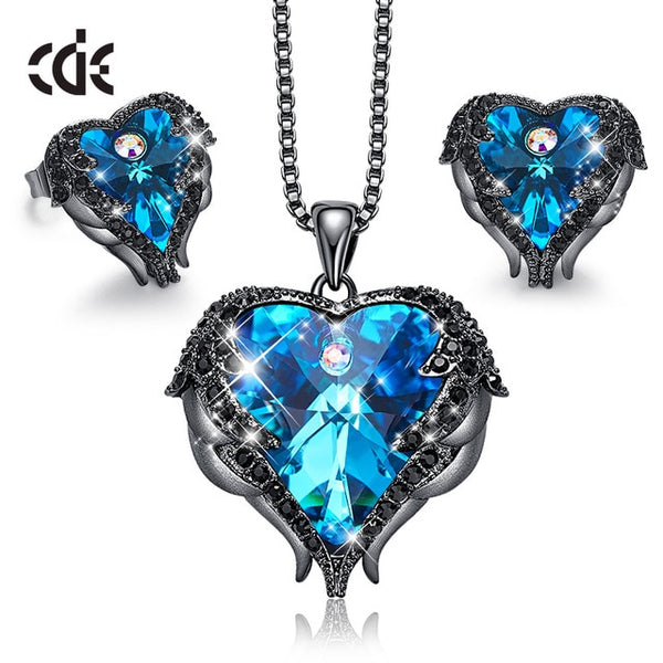 CDE Women Necklace Earrings Jewelry Set Embellished With Crystals from Swarovski Women Heart Pendant Stud Fashion Jewelry Gift