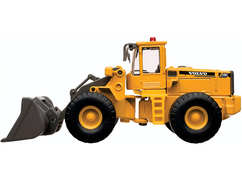 150-30000083 HO Cararama Volvo L150C Wheel Loader/Bulldozer - Assembled -- Yellow, Black