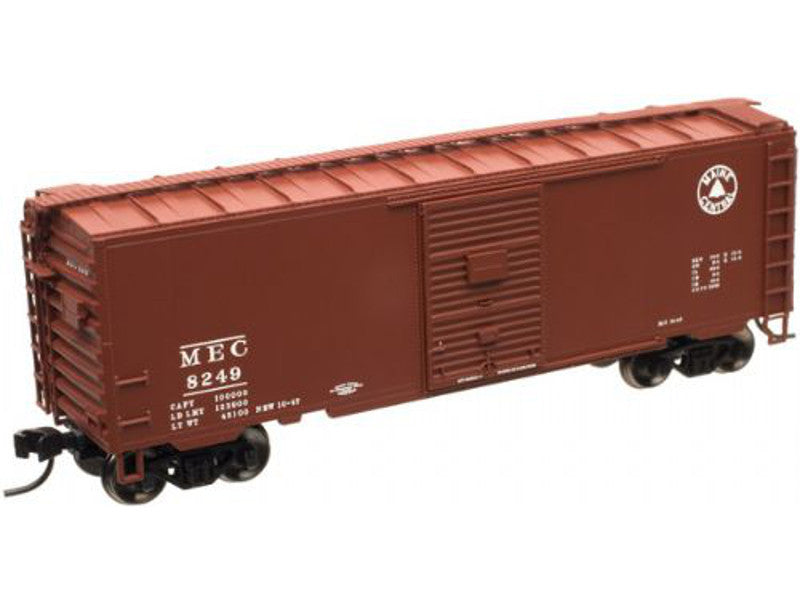 150-50000957 N Master 40' PS-1 Boxcar w/7' Door - Ready to Run -- Maine Central #8249 (Boxcar Red, Small Logo)
