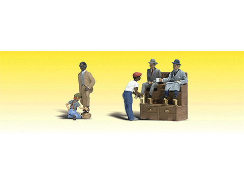 N Scenic Accents(R) Figures -- Shoe Shiners