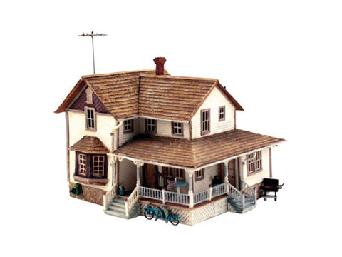 "HO Corner Porch House - Landmark Structures(R) -- Kit - 5-5/8 x 8-5/8 x 5"" 14.2 x 21.9 x 12.7cm"