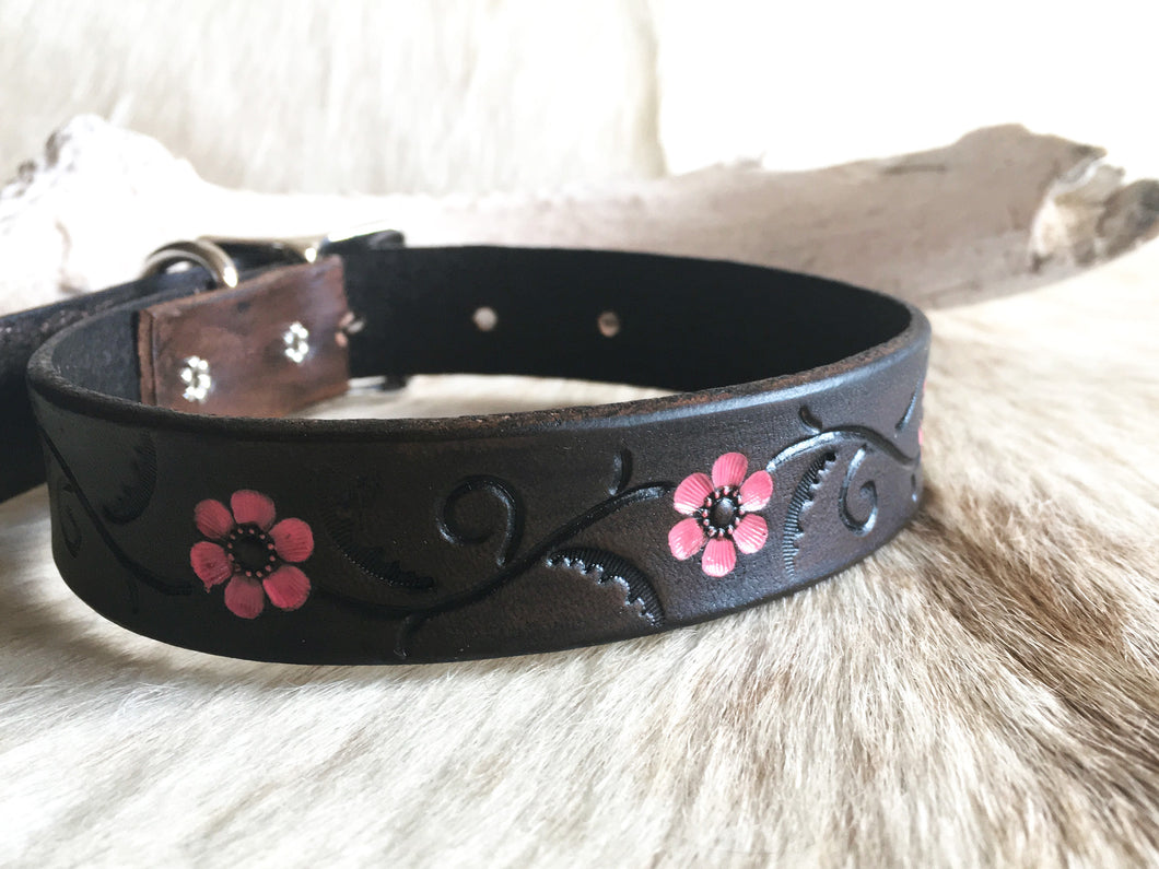 Brown leather dog collar with pink flowers