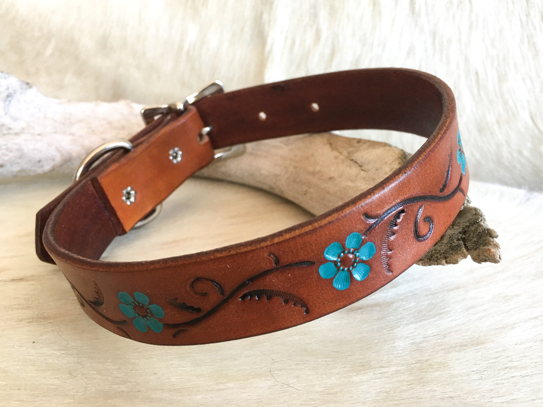 Tan leather dog collar with turquoise flowers