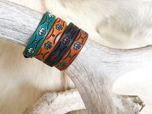 Load image into Gallery viewer, Thunderbird half inch bracelet