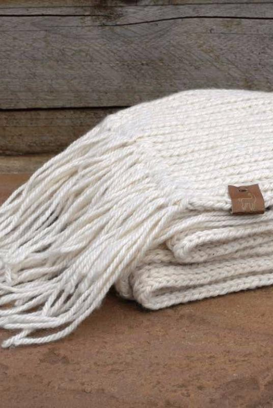 100% Alpaca Off White Fringe Scarf Chunky Knit-SALE-Ted & Bessie-MAMOQ