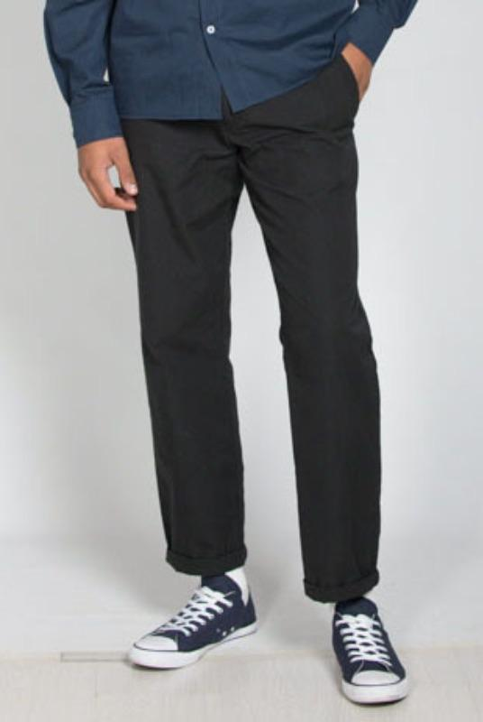 Black Straight Leg Organic Cotton Lightweight Chino-Rozenbroek-MAMOQ