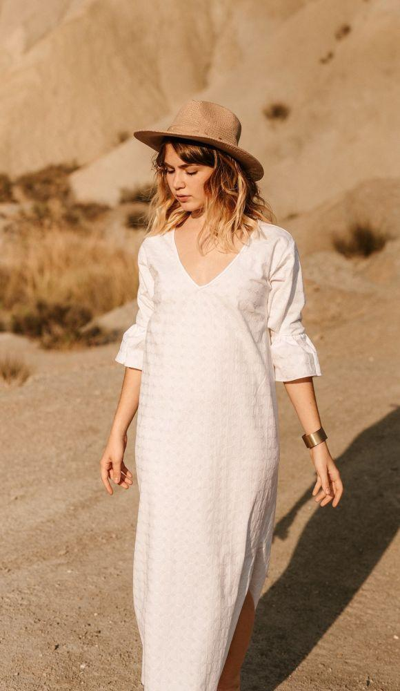 Coachella White Dress-Vanesa Vinhas-MAMOQ