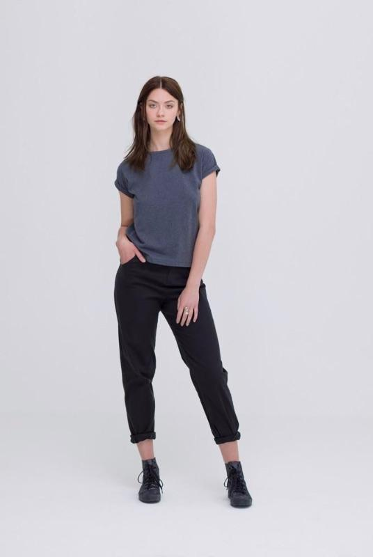 Ethical Dark Grey Organic Cotton T-Shirt-Zola Amour-MAMOQ