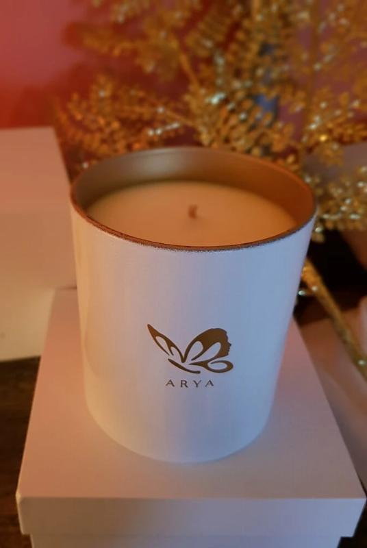 Frankincense & Sandalwood Deluxe-Arya Candles-MAMOQ