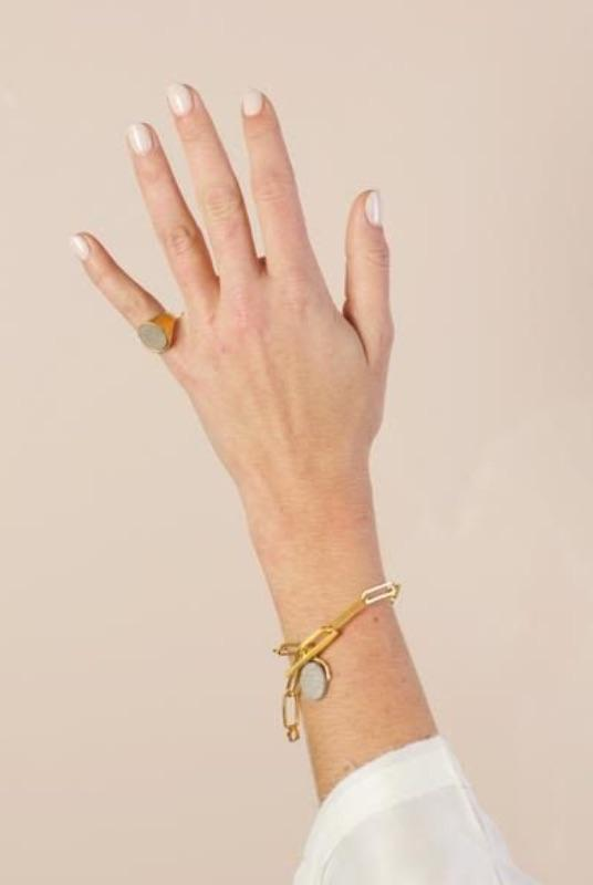 Gil Oval Ring Chain Bracelet-SeeMe-MAMOQ