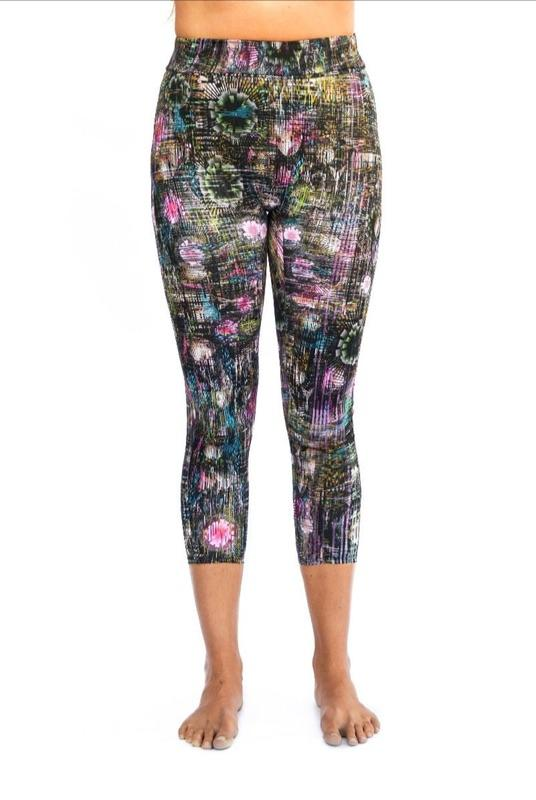 Helene Sports Leggings in Glitch Print-RubyMoon-MAMOQ