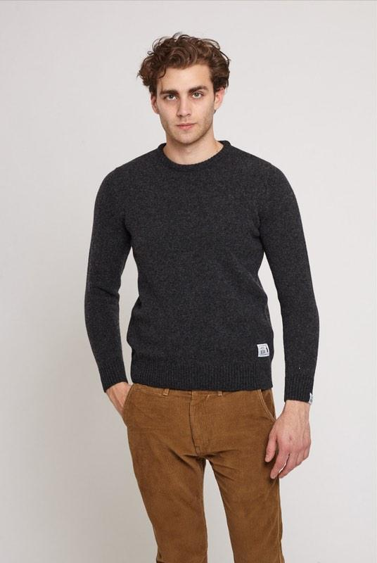 Hockley Charcoal Lambswool Jumper-Absolutely Bear-MAMOQ
