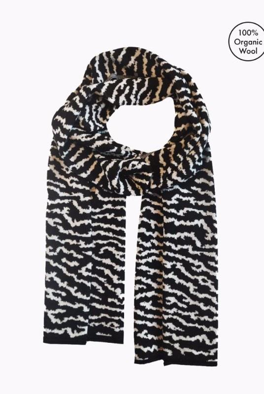 Lake Touch Black Merino Wool Scarf-Le Pirol-MAMOQ